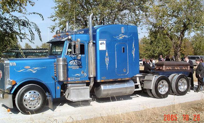 El funeral del camionero